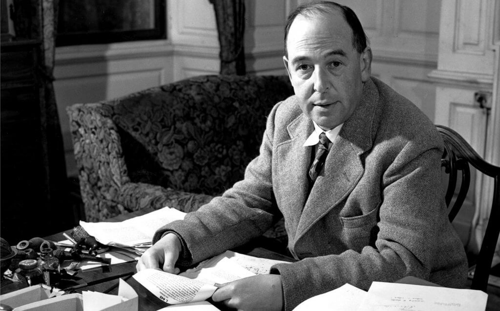 8 Best Books By C.S.Lewis